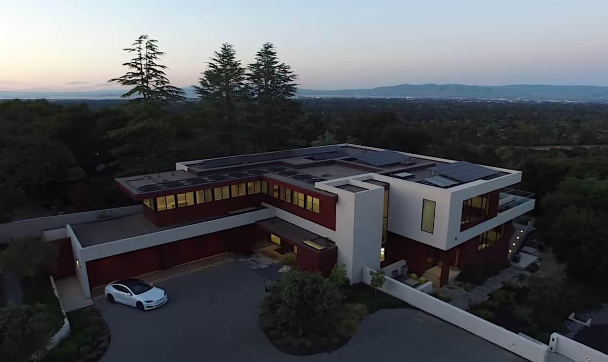 Haga un tour por este mega espectacular complejo arquitectónico; La mejor oferta inmobiliaria en Los Altos Hills, California