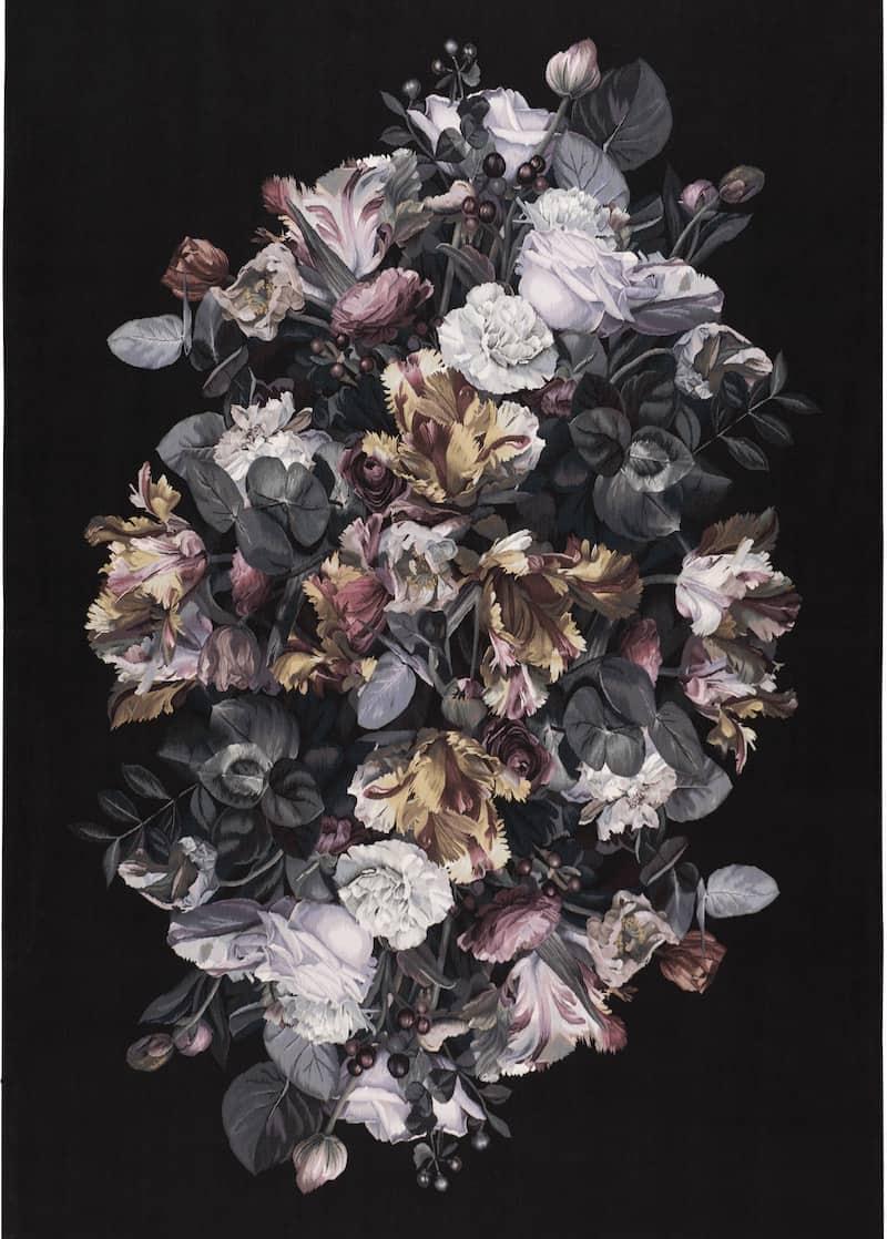Colección de tapetes Chiaroscuro by Alexander McQueen