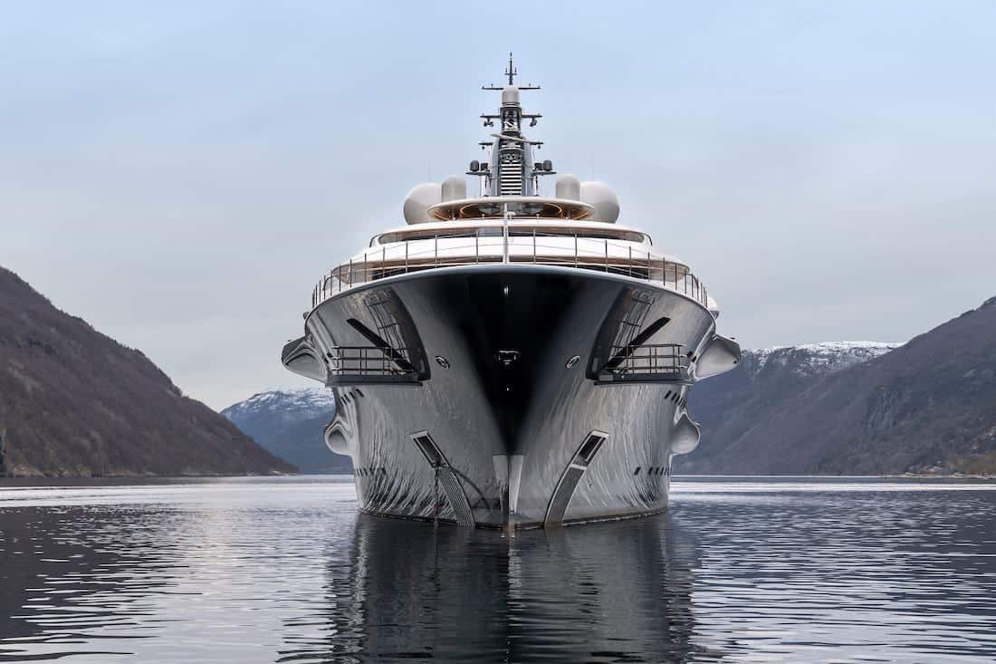 Todo lo que necesitas saber sobre el increíble Flying Fox, uno de los barcos nuevos más grande del mundo