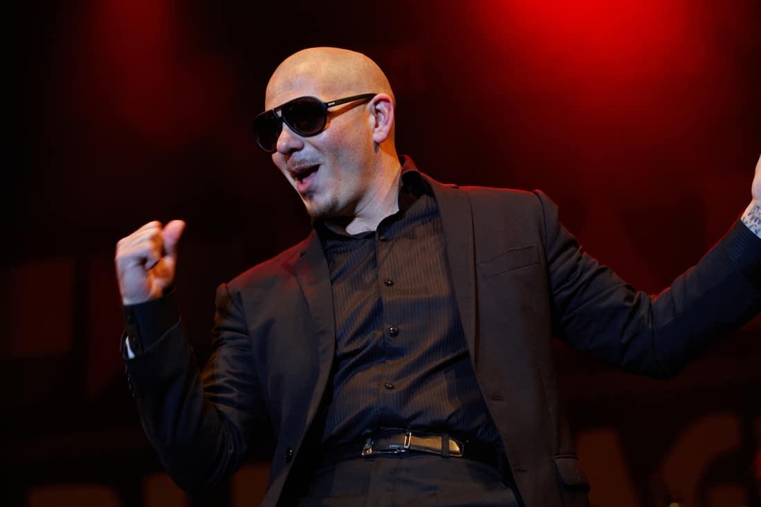 Pitching Pitbull: ¡Buscando nuevas empresas para invertir!