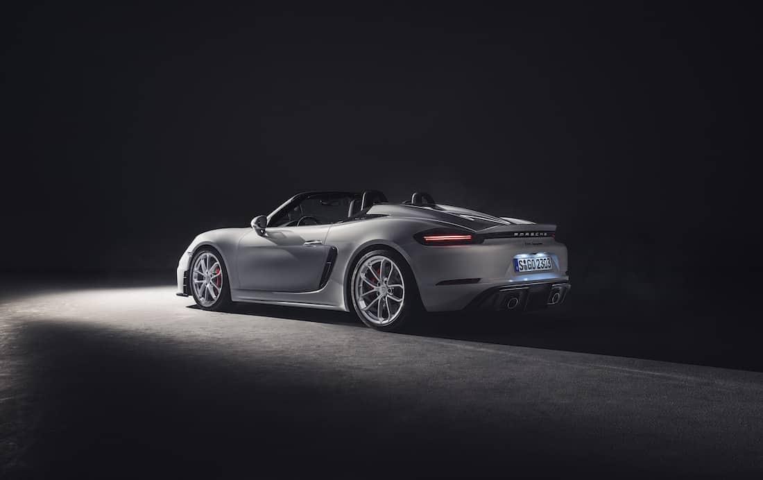 Nuevos modelos Porsche 718 Spyder y 718 Cayman GT4: deportivos con motor atmosférico