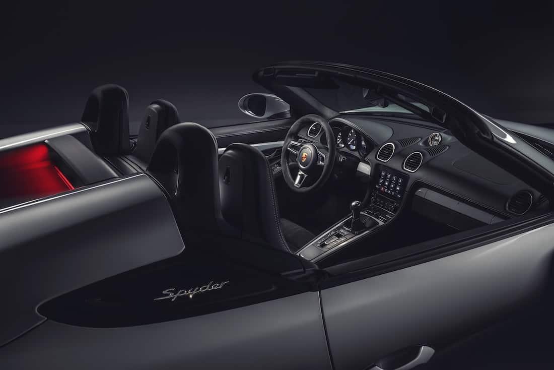 Porsche 718 Spyder y 718 Cayman GT4: dos deportivos con motor atmosférico