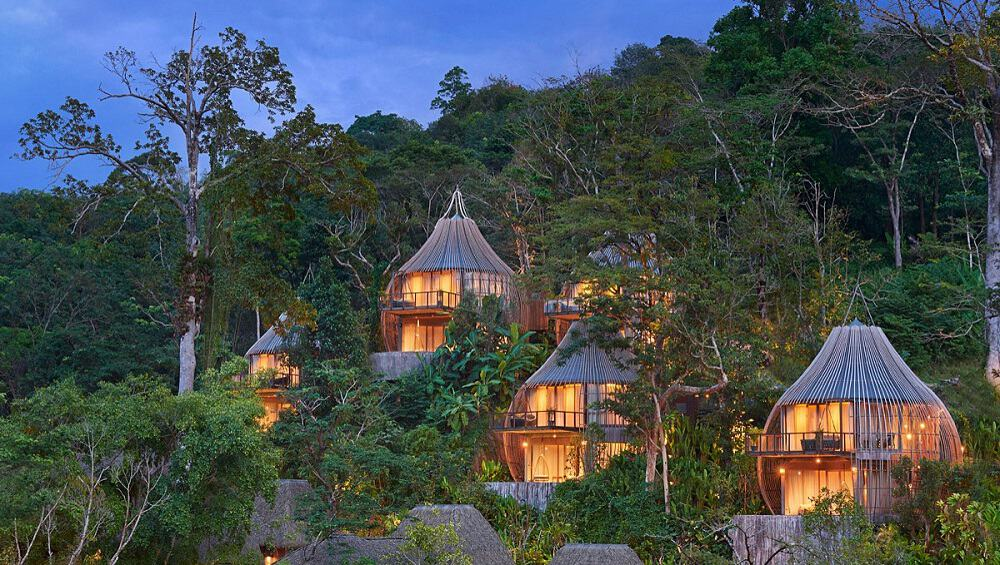 Experimente una de las maravillas tropicales de Tailandia en el lujoso resort en Phuket.