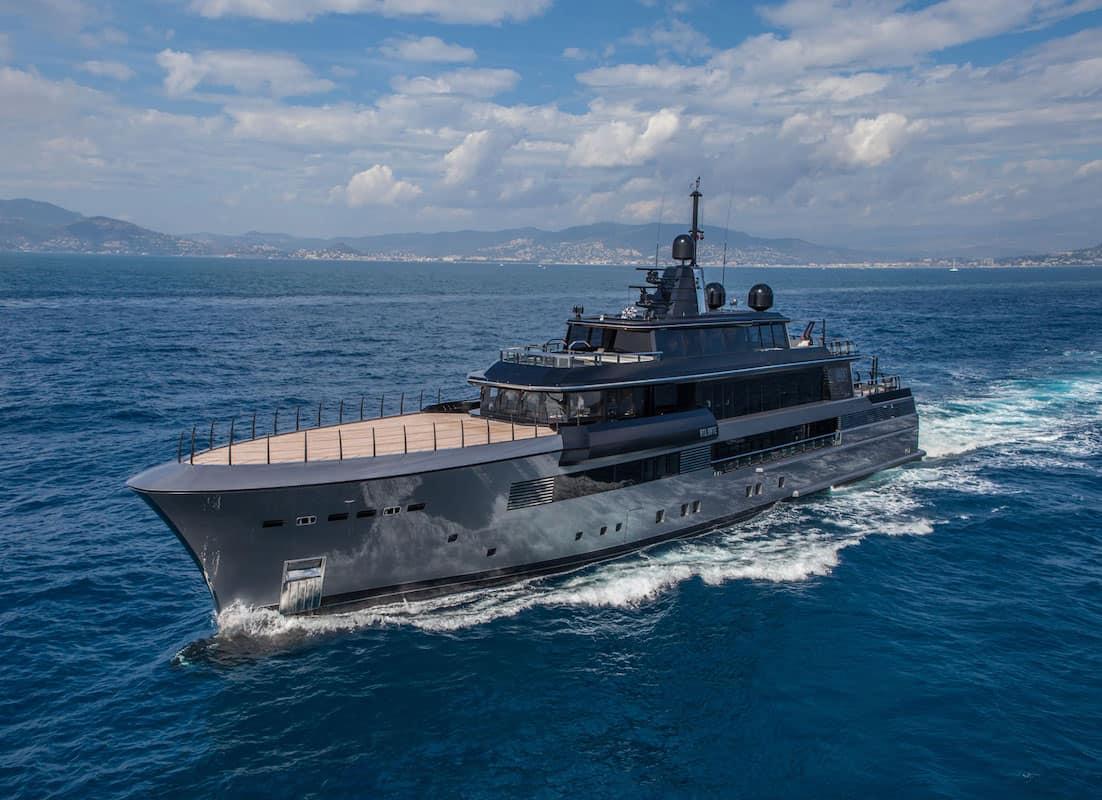 Superyate Atlante. CRN Yachts