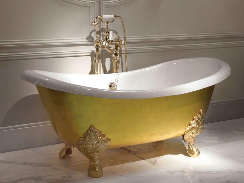 La bañera Mida de Devon&Devon, una verdadera obra maestra de la armonía y la artesanía, chapada en oro de 24 quilates