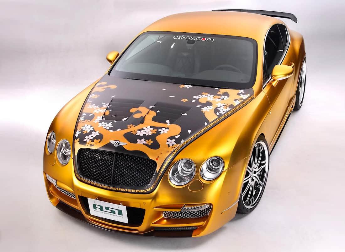 Exclusivo Bentley W66 GTS chapado en oro