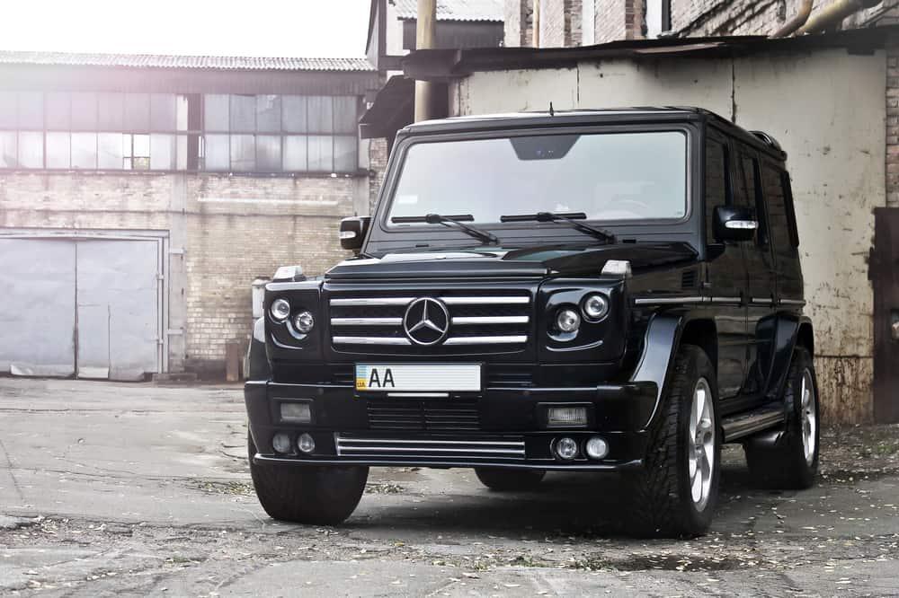 SUV Mercedes-Benz G55 AMG abandonada en Dubai.