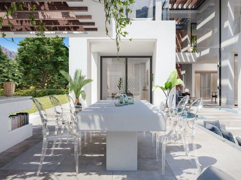 El patio de la nueva vivienda de Cristiano Ronaldo en Marbella.