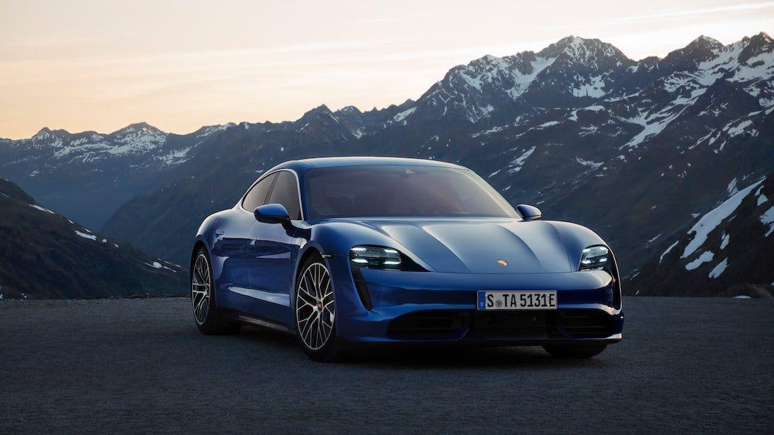 Estreno mundial del Porsche Taycan Turbo S y el Taycan Turbo: deportividad sostenible