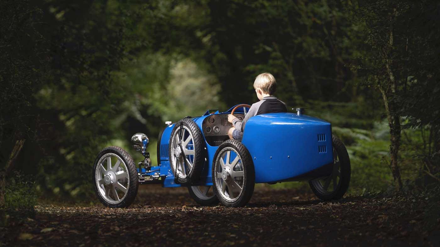 El Bugatti para niños: La marca construirá una version eléctrica y en fibra de carbono de su Baby II