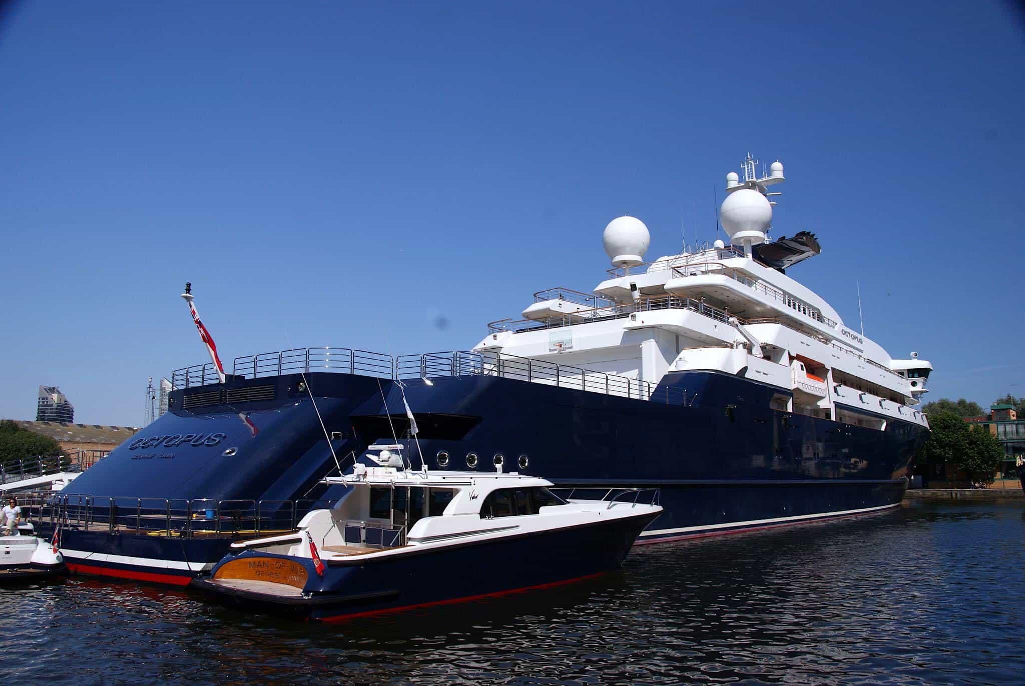 Ahora puedes comprar la enorme embarcación del cofundador de Microsoft