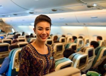Miembro de la tripulación de Singapore Airlines a bordo del Airbus A380