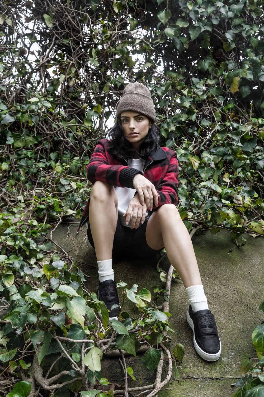 Timberland nombra a Aislinn Derbez héroe de la naturaleza