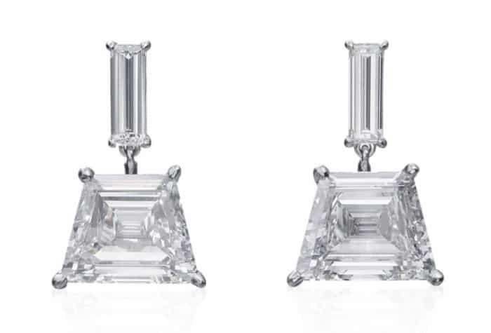 Accesorios de lujo: Aretes colgantes de diamantes con corte mixto