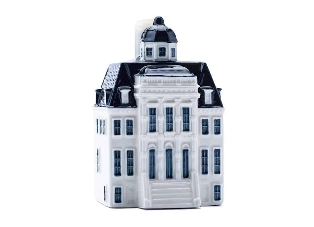 La casa miniatura número 100