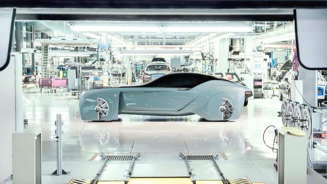 El concepto Rolls-Royce 103EX Autonomous EV regresa a Inglaterra