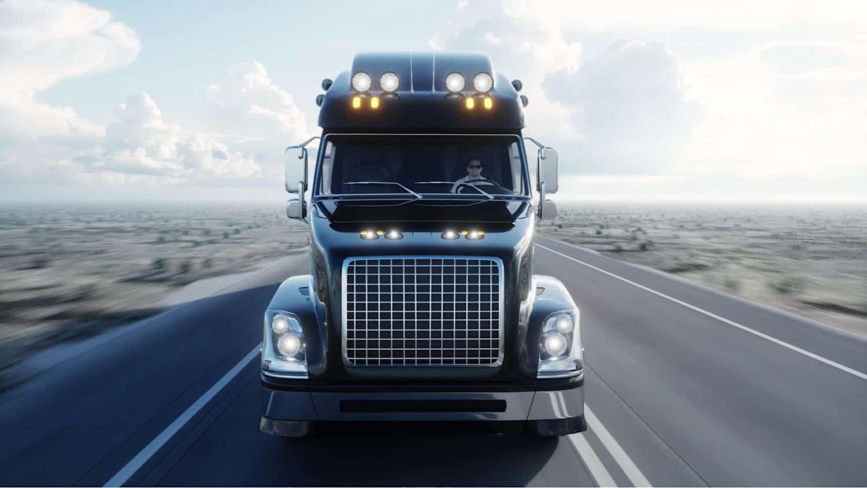 ¡Estados Unidos necesita camioneros! -- Camión de carga 'Clase 8'