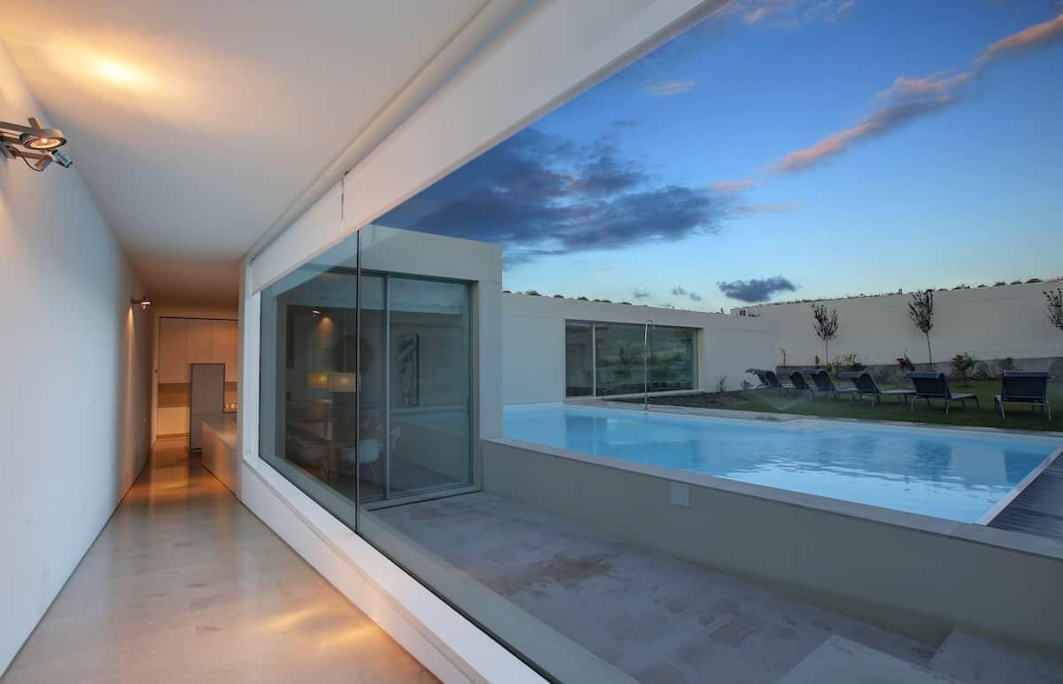 Lujosa villa de diseño firmada por un célebre arquitecto portugués