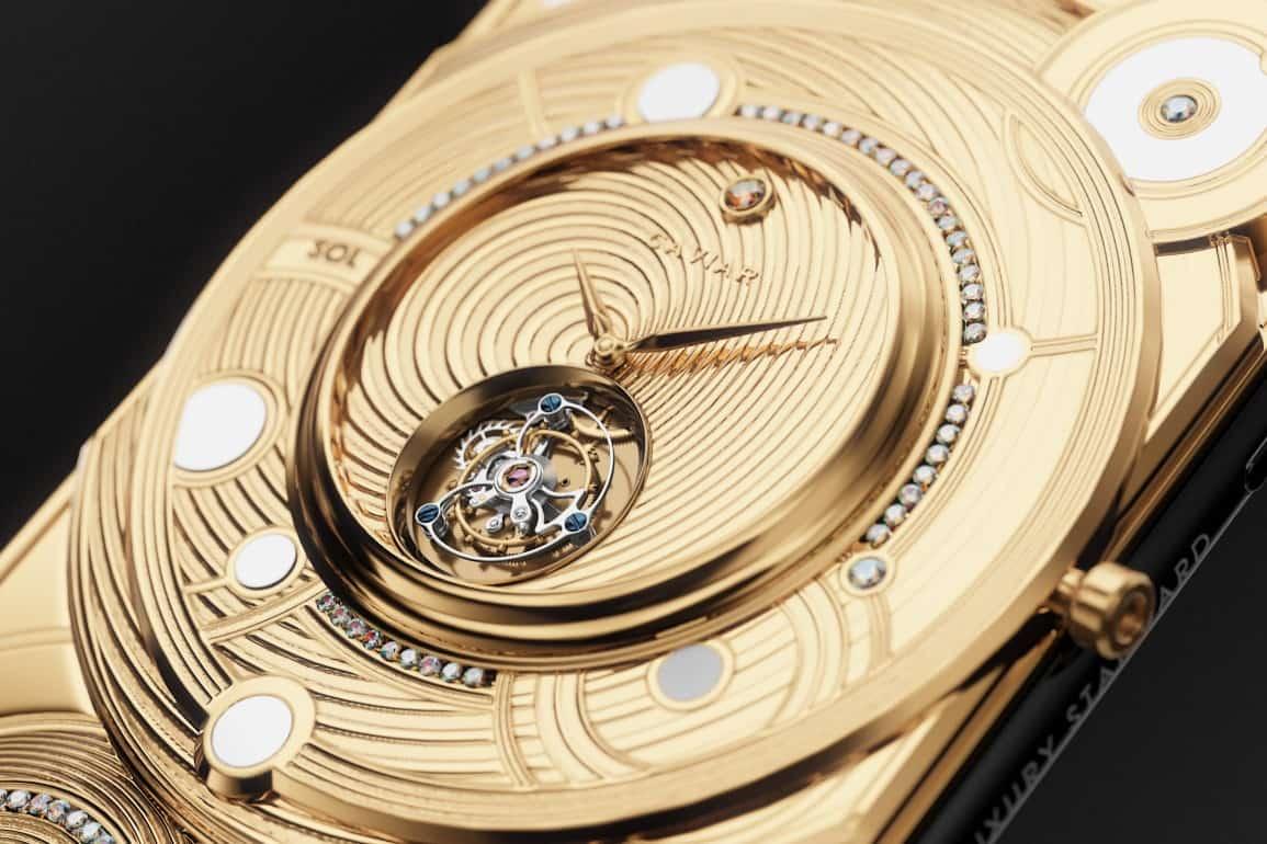 """Discovery Solarius: Protector para el """"iPhone 11 Pro"""" de Caviar"""