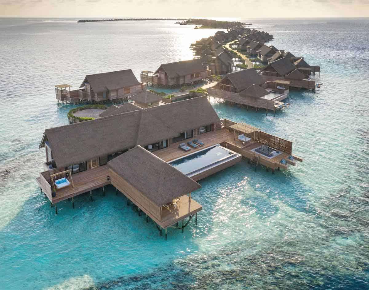 Waldorf Astoria Maldives Ithaafushi: Recién abierto resort en una exclusiva isla privada de las Maldivas.