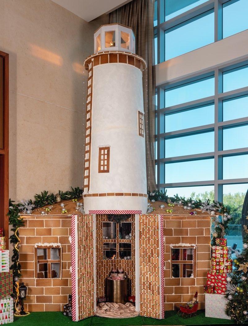 Exclusivas celebraciones Bal Harbour Village: Escultura hecha con galleta de jengibre en Ritz-Carlton