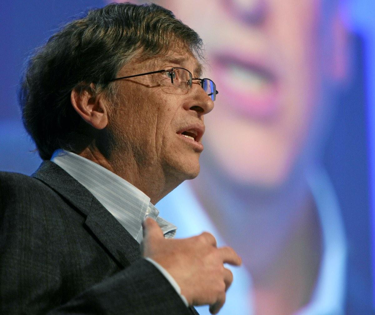 La fortuna de Bill Gates supera los 100 mil millones de dólares.