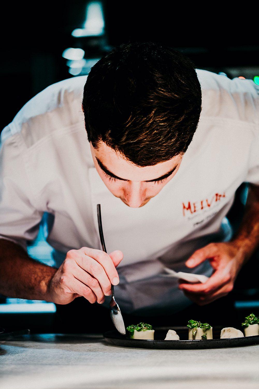 chef Diego Dato del restaurante Melvin