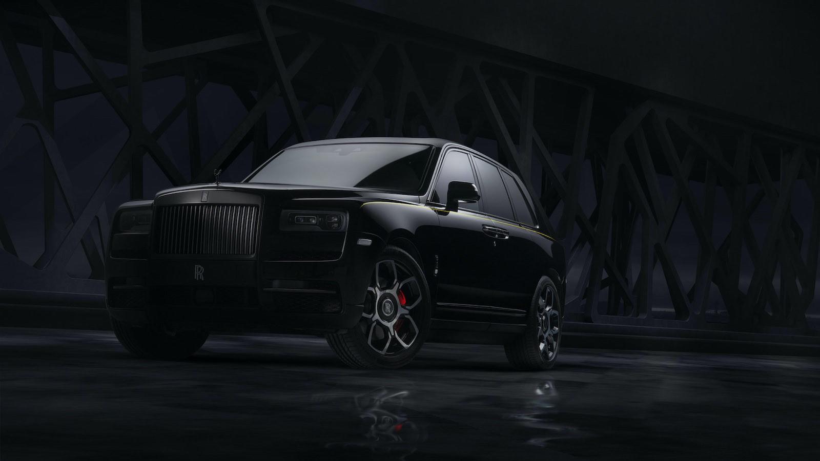 """Rolls Royce """"Black Badge"""" Cullinan se une a la serie Bespoke Family"""