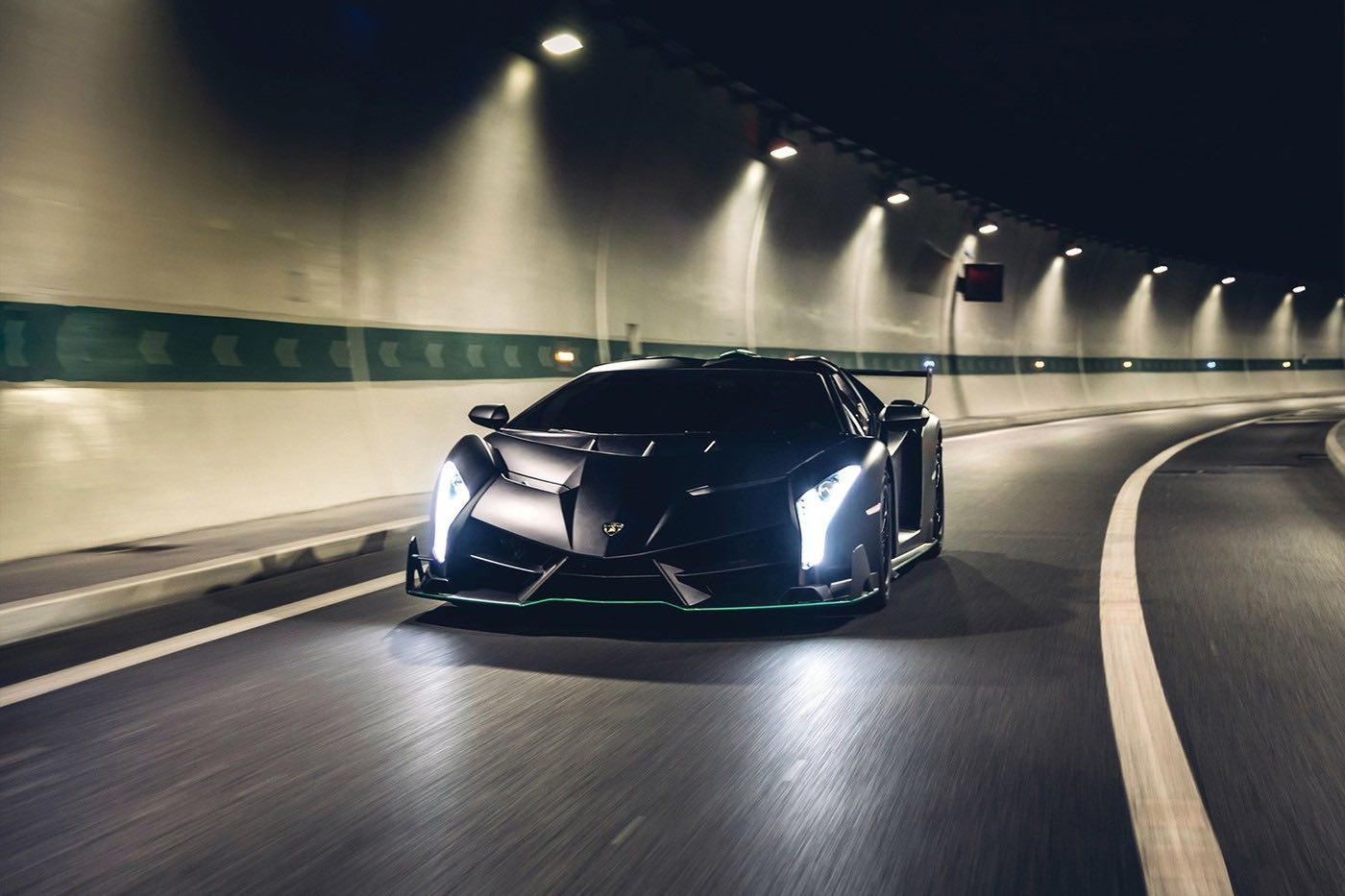 Este Lamborghini Veneno Roadster 2015 se subastará el próximo 5 de febrero en Paris