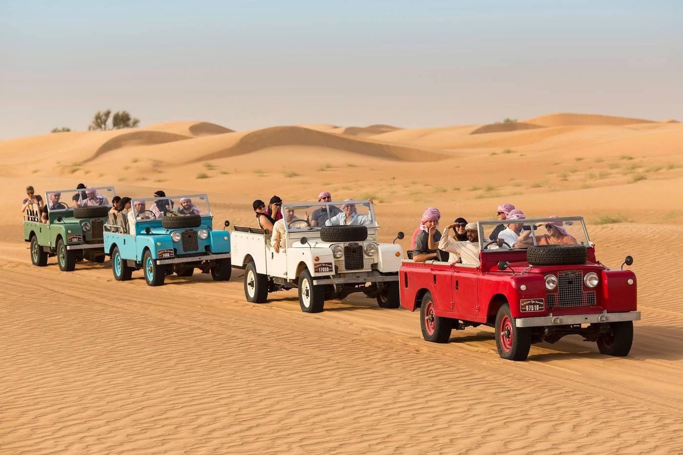 Disfrute de un exclusivo viaje en globo aerostático sobre el desierto de Dubái