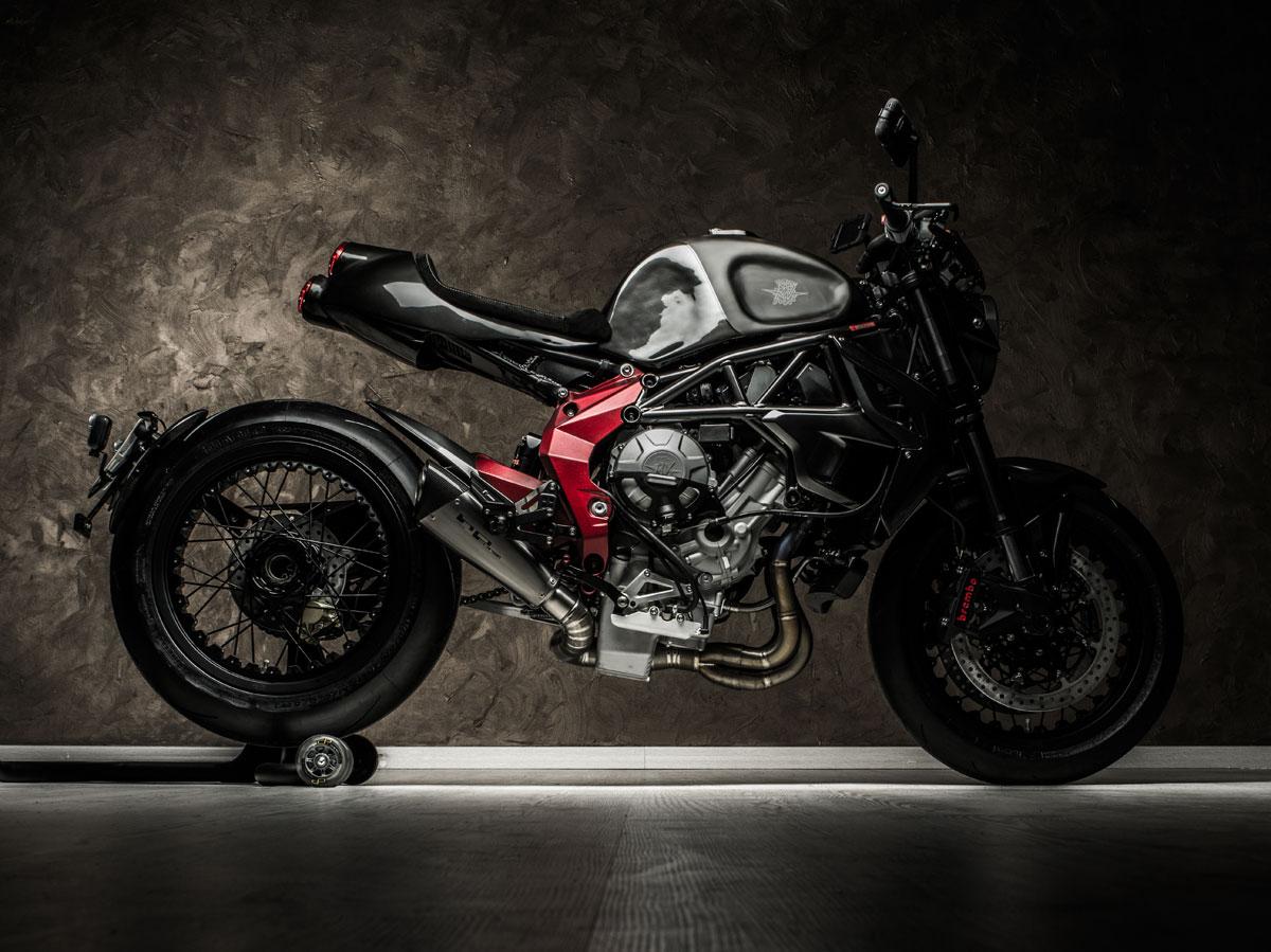 Bestial motocicleta de Officine GP