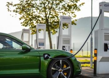 Porsche Charging Service: un servicio de carga rápido, cómodo y económico para coches eléctricos