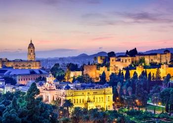 Ayuntamiento y Alcazaba de la ciudadela de Málaga