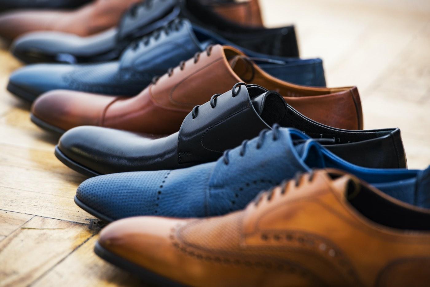 Colección de zapatos de vestir para hombres.