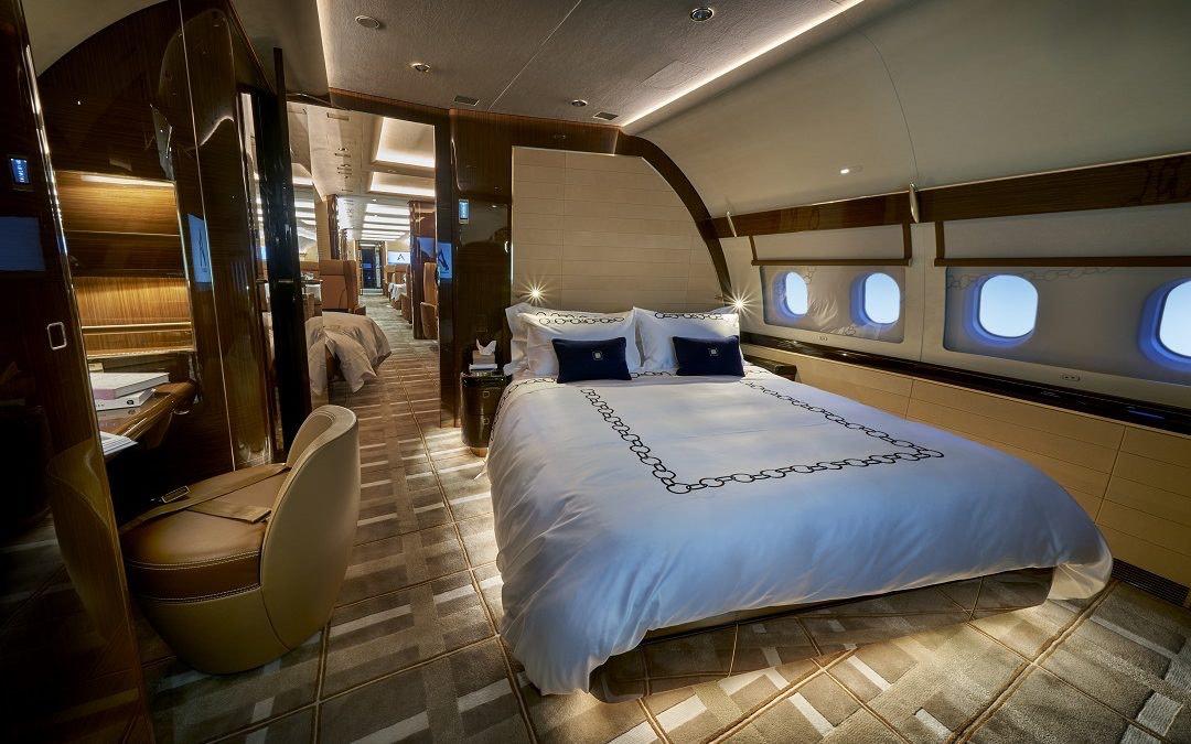 Este jet privado de $110 millones parece más a un opulento penthouse que a un avión