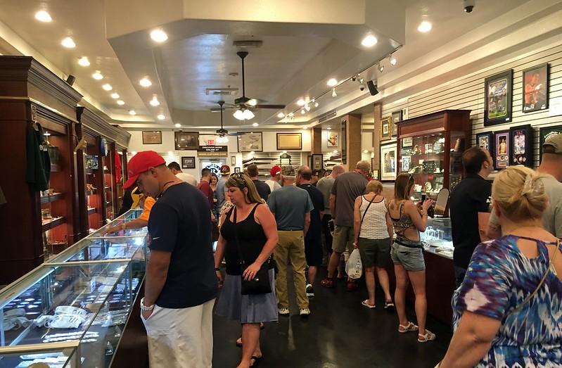Interior de la tienda Pawn Stars