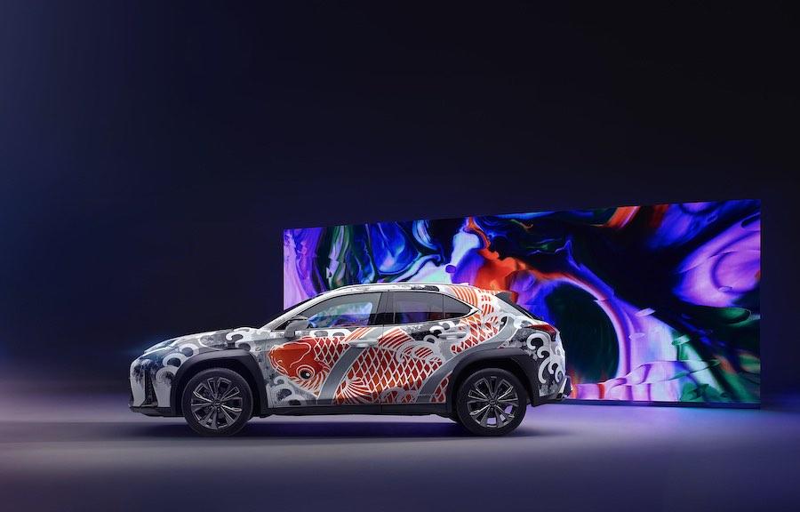 Lexus presenta el primer auto tatuado del mundo