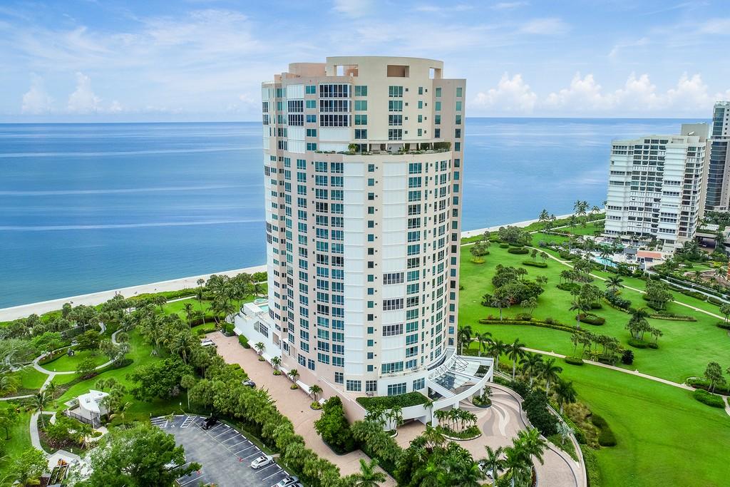 El propietario de los Marlins, espera vender por $18.9 millones su exclusivo ático de Naples, Florida