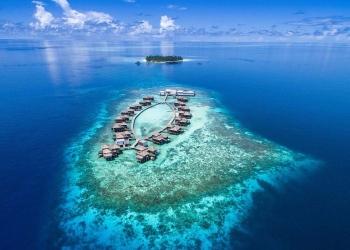 Ahora puedes alquilar el impresionante resort isleño Raffles Maldives Meradhoo por $1 millón