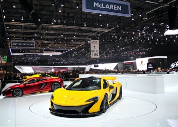 McLaren Stand en el Salón del Automóvil de Ginebra, en Suiza