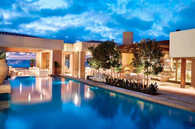 Bill Gates, y su esposa Melinda, compran esta ultra lujosa casa frente al mar en California por $43 millones