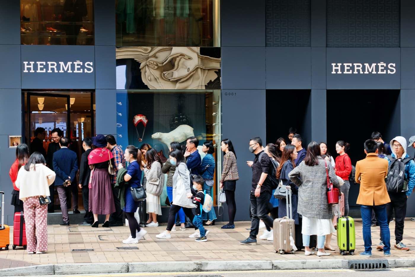 La exclusiva tienda Hermès en Guangzhou, China registró ventas de $2,7 millones en un día.