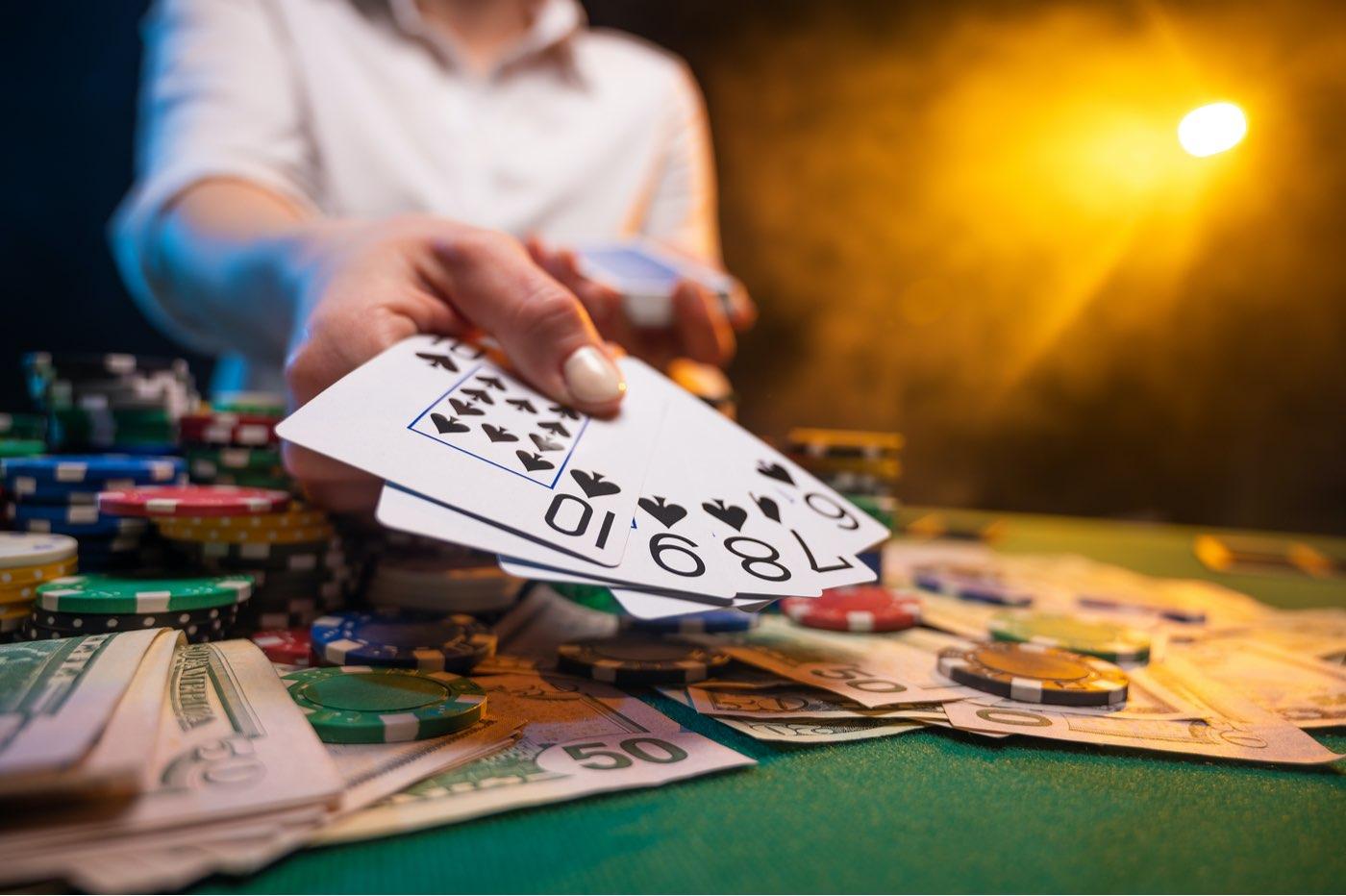 La historia del multimillonario Jason Senti tras ganar la Serie Mundial de Poker