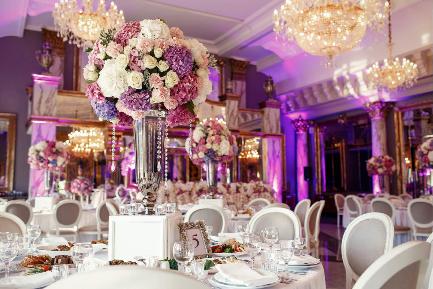 Aquí, 8 detalles indispensables para organizar una boda de lujo
