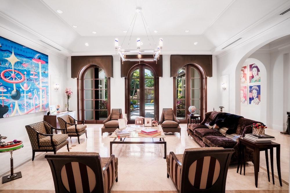 """El financista Marc Bell pone en venta su excéntrica mansión en Boca Ratón inspirada en """"Star Trek"""" por $19.9 millones"""