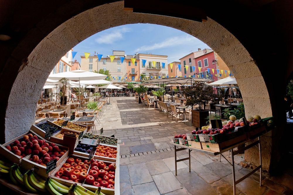 Qué hace a la Riviera Francesa un destino ideal para vacacionar