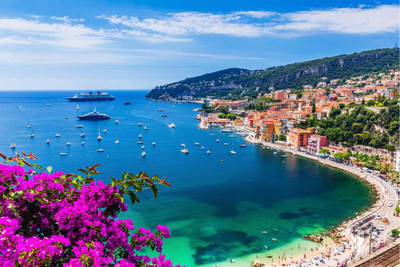 Villefranche sur Mer, Francia. Ciudad costera en la Riviera francesa (o Côte d'Azur).