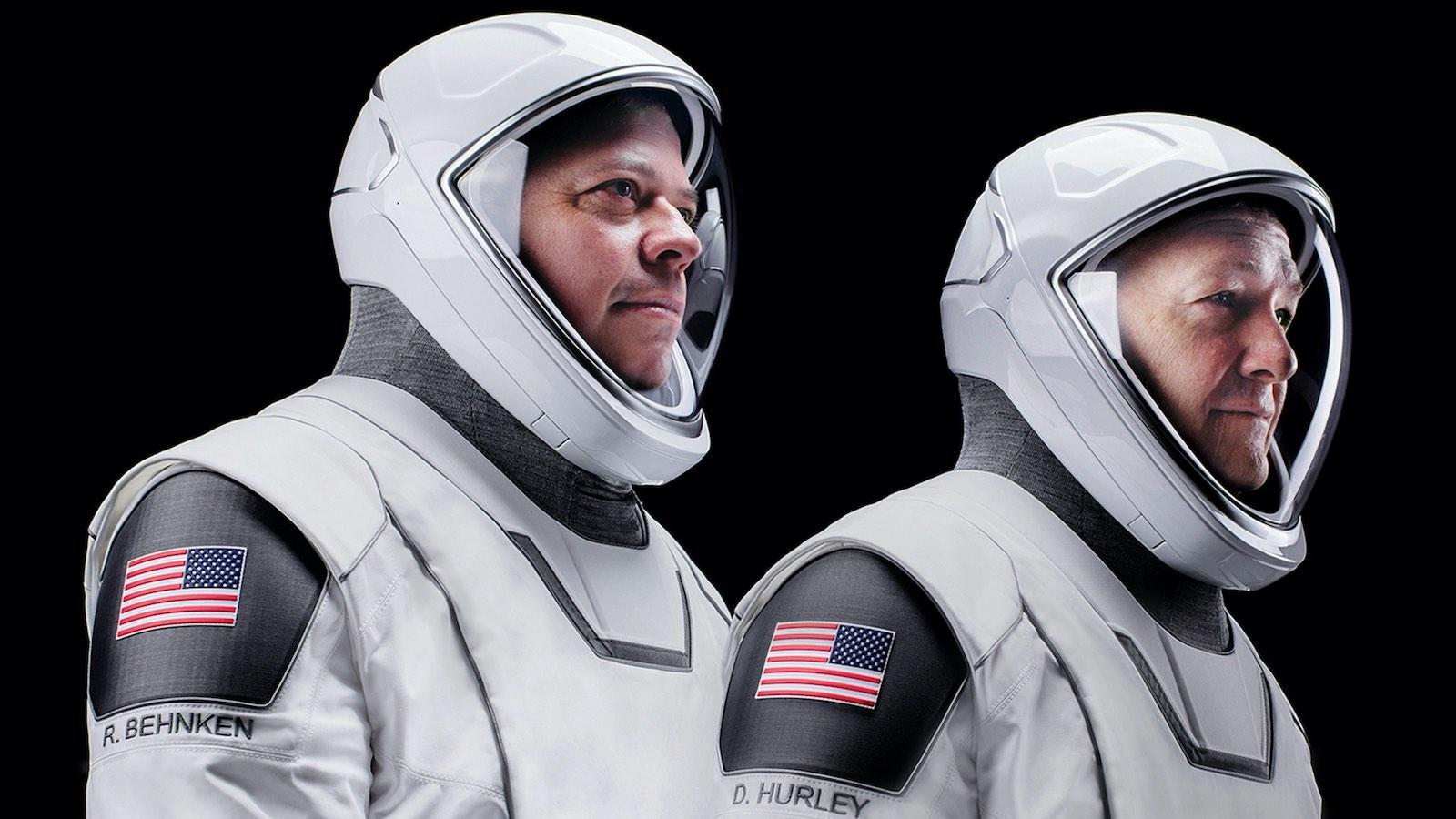 Los trajes espaciales usados por los astronautas para la misión NASA SpaceX 2020: Crew Dragon han recibido mucha atención.