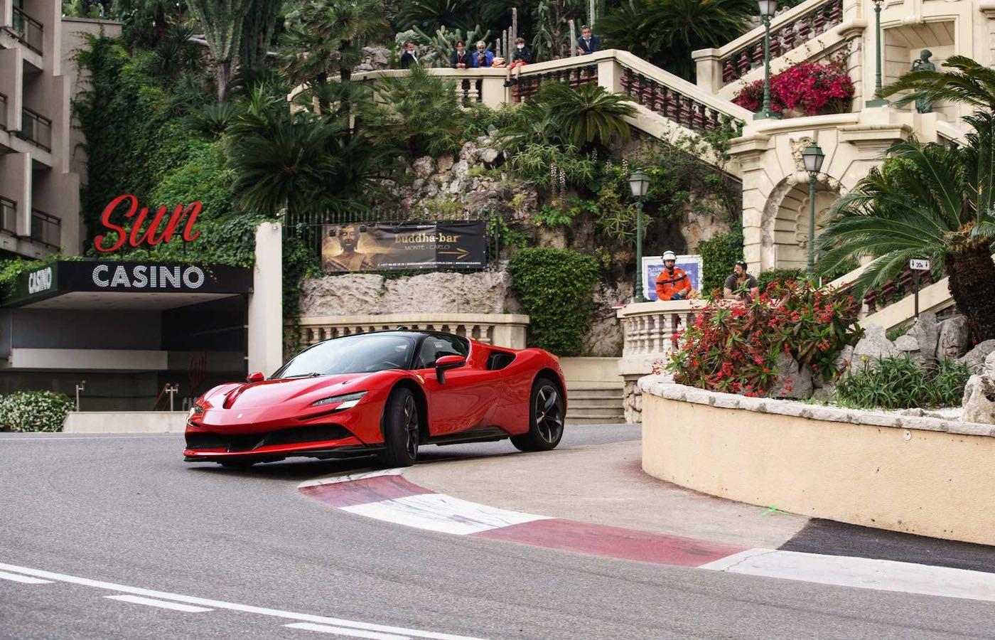 Ferrari presenta un video tease de la grabación del remake de la famosa película francesa 'Le Grande Rendez-vous'