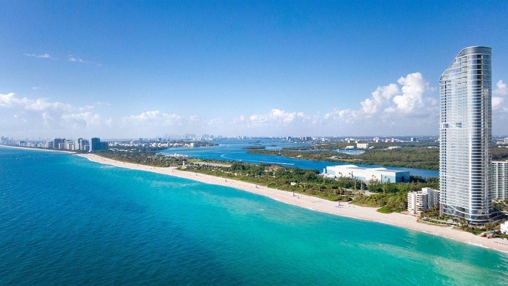 The Ritz Carlton Residences Sunny Isles Beach, una maravilla arquitectónica en el Sur de Florida